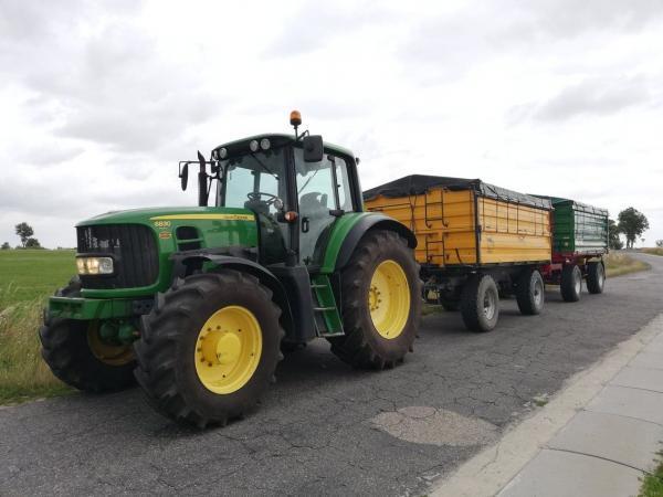 ciągnik rolniczy 11