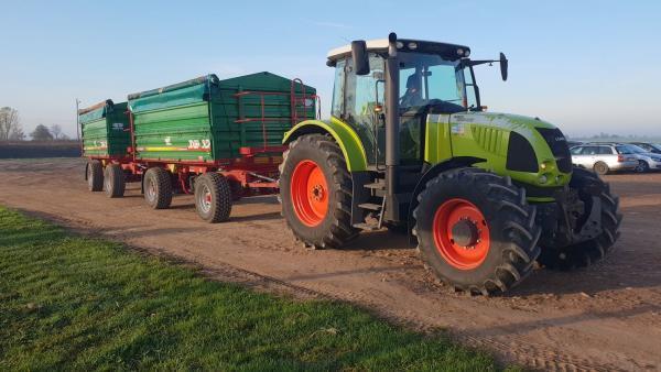 ciągnik rolniczy 9